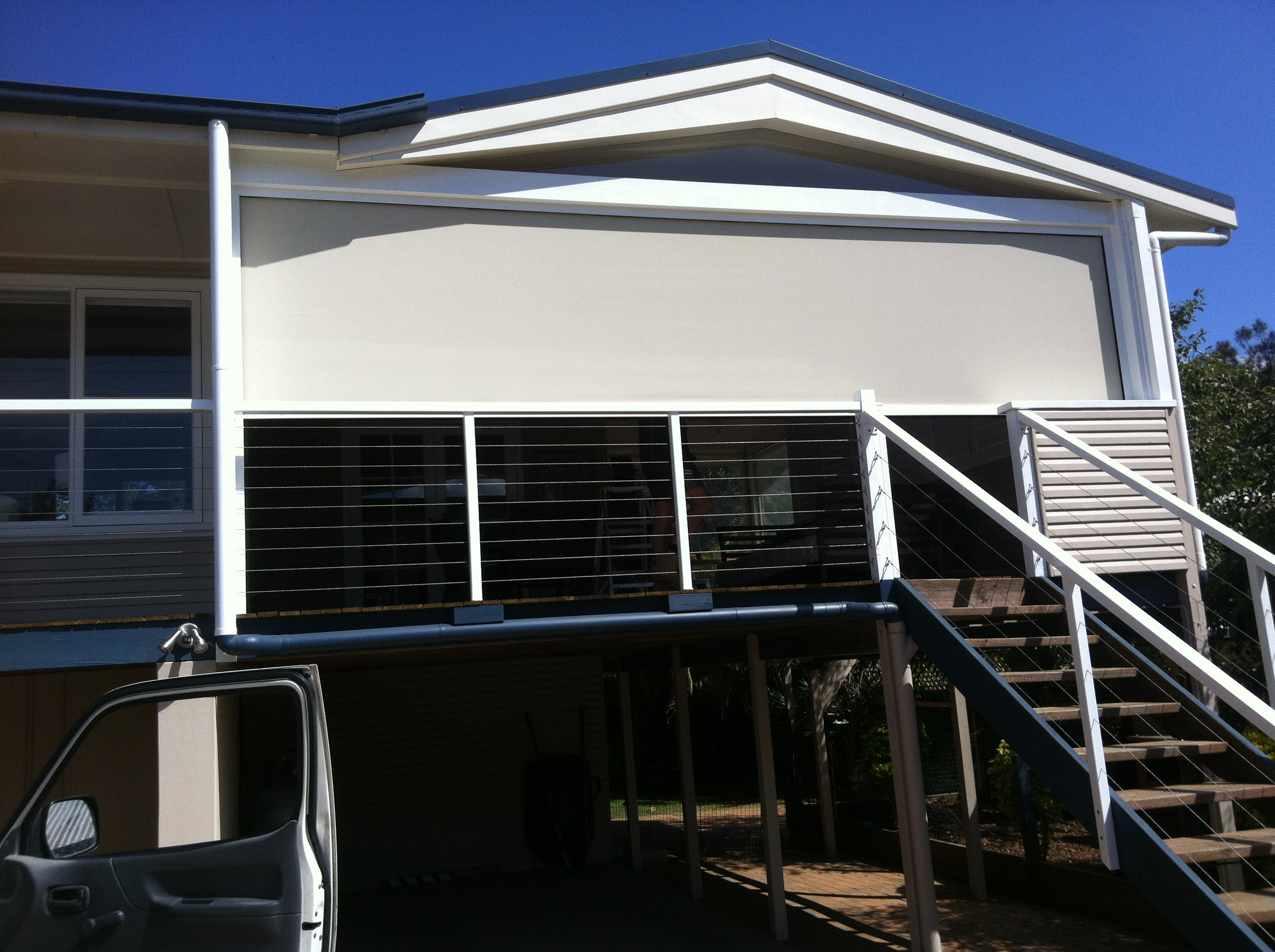 Rollaway Screen Systems Ossie O